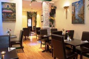 Carlo Restaurant