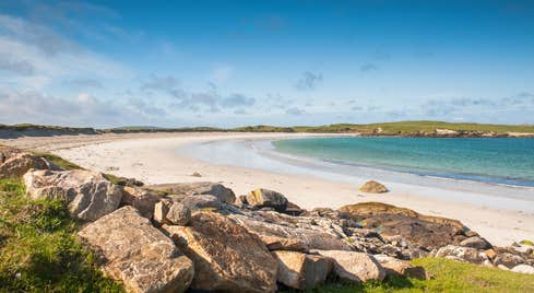 Pristine white sand and blue waters at Dog's Bay Beach, Connemara, County Galway