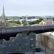 Cannon beside a wall overlooking the historic town of Drogheda