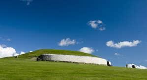 Brú na Bóinne Visitor Centre (Newgrange, Knowth and Dowth)