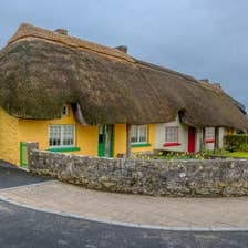 Image of thatched cottage in Adare in County Limerick
