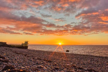 Image of the sun in Salthill in County Galway