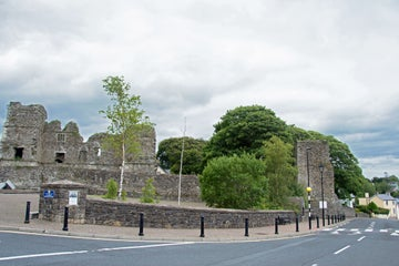 Images of ruins in Manorhamilton in County Leitrim