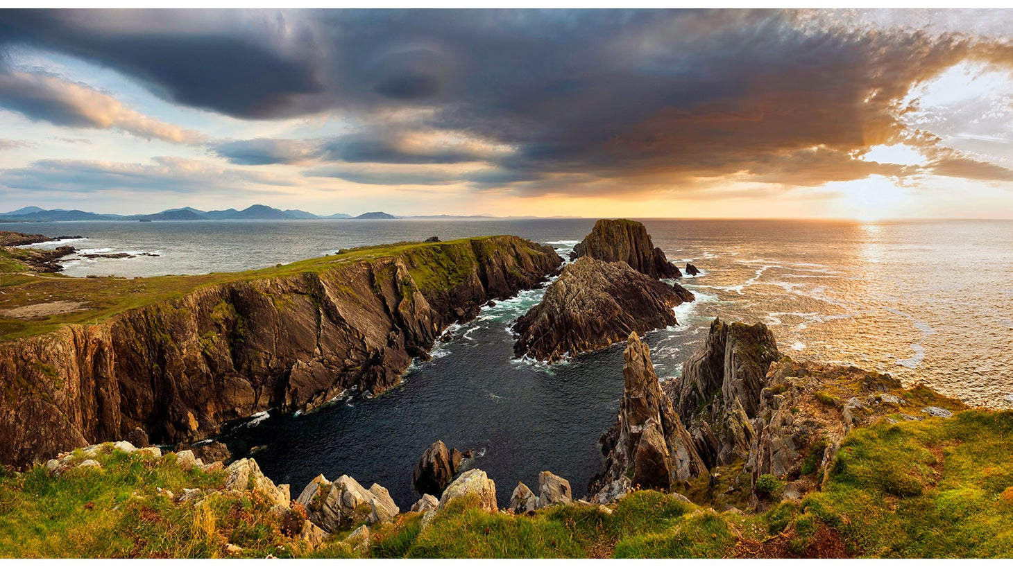 Visit Ireland's mostnortherlypoint,MalinHead in Donegal.