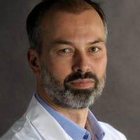 Dr.   van  Hasselt
