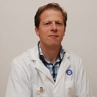 Dr.    Spiering