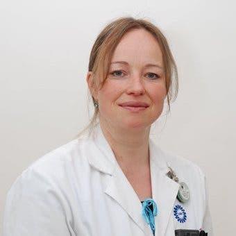 Dr.    Bronsveld