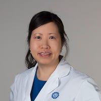 Dr.   Le
