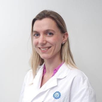 Dr.   van Laake