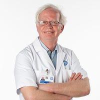 Dr.   van der  Zwan