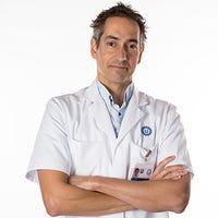 Dr.   Rijken