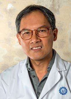 Dr.    Lo