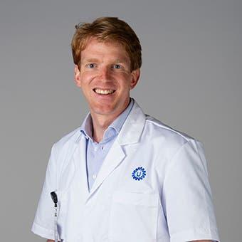 Dr.   Ellenbroek