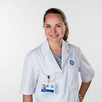 Drs.  de Vries