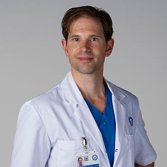 Dr.   Teraa