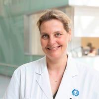 Dr.   Baas