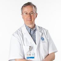 Dr.   de  Jonge