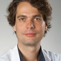 Dr.    Hazenberg