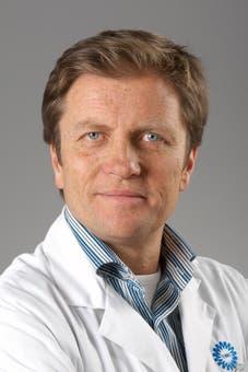 Dr.    Cramer