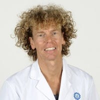 Dr.   Hulzebos